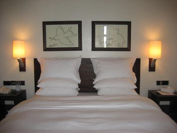 The Wharf Hotel and Marina - bedroom