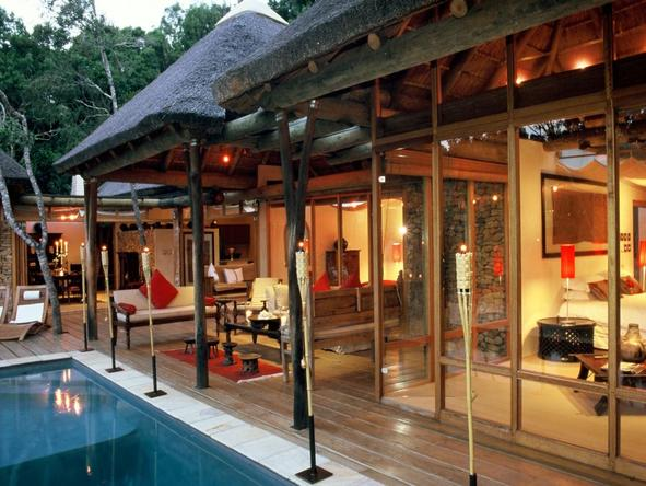 Trogon House - pool + exterior view