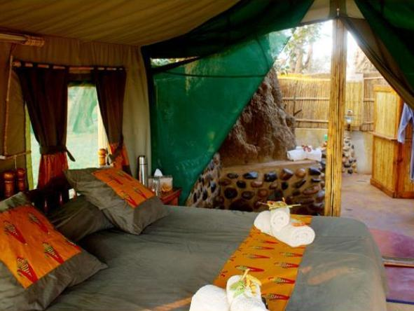 Chongwe River Camp - tent interior