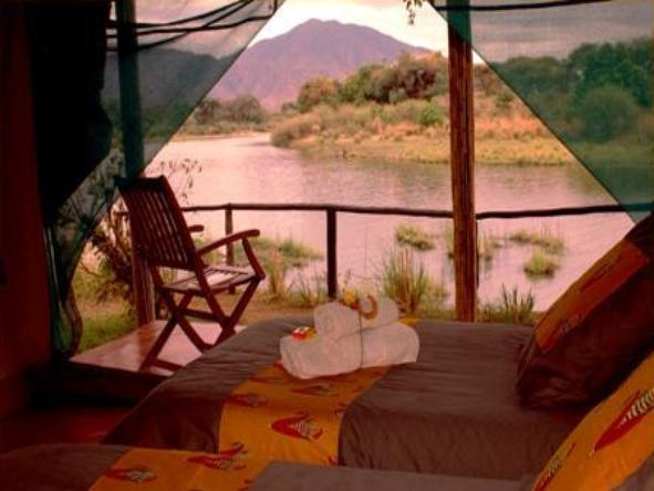 Chongwe River Camp - bedroom