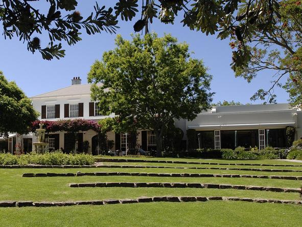 Vineyard Hotel & Spa - Exterior 2