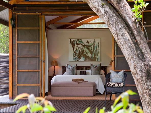 Makakatana Bay Lodge - bedoom