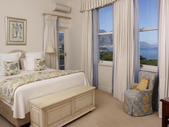 The Marine Hermanus - Bedroom