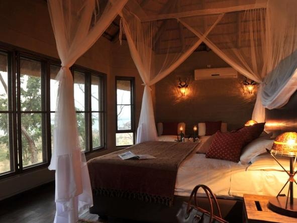 Ngoma Safari Lodge - Bedroom