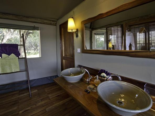 Xigera Camp - bathroom 2