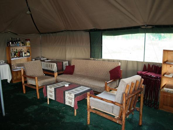 Serengeti Tented Camp - mess lounge