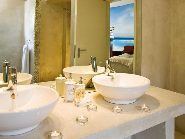 Swakopmund Guesthouse - bathroom