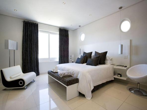 Villa Zest Boutique Hotel - black and white room