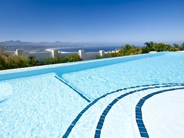 Aquavit Guest House - pool
