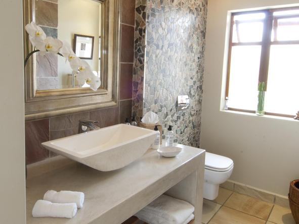 Aquavit Guest House - bathroom 2