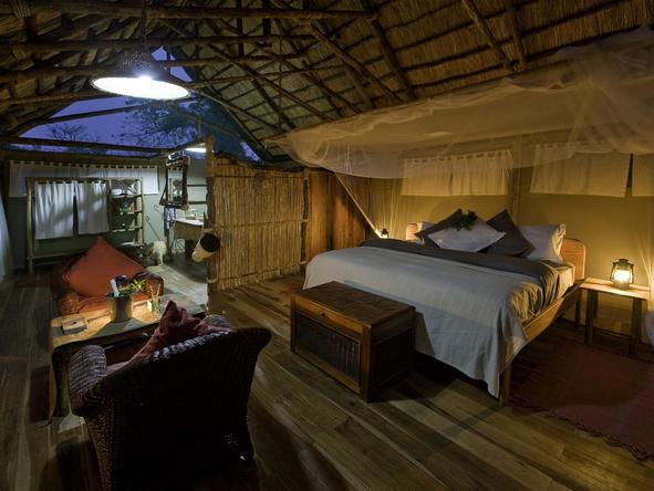 Mvuu Lodge - Bedroom