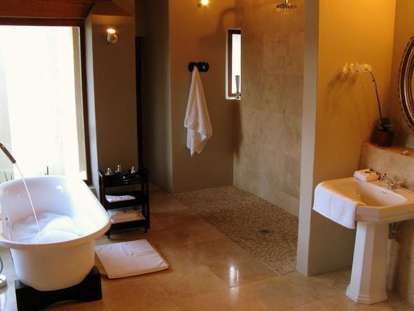 Jamala Madikwe Royal Safari Lodge - Bathroom