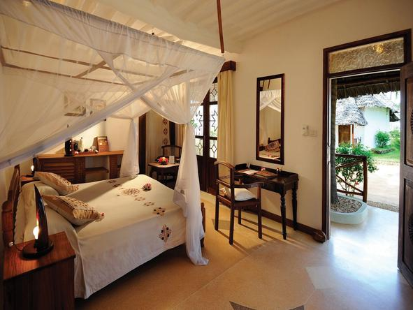 Sandies Mapenzi Beach Club -Room
