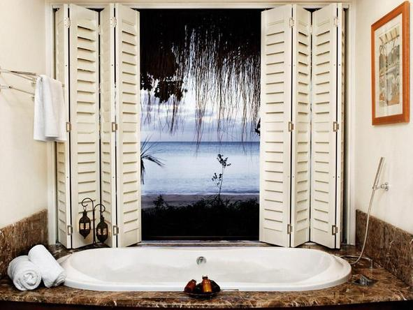 Indigo Bay Island Resort and Spa - Bathroom