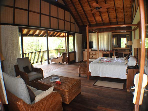 Cerf Island Resort - Bedroom