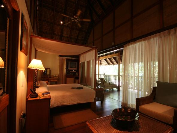 Cerf Island Resort - Bedroom