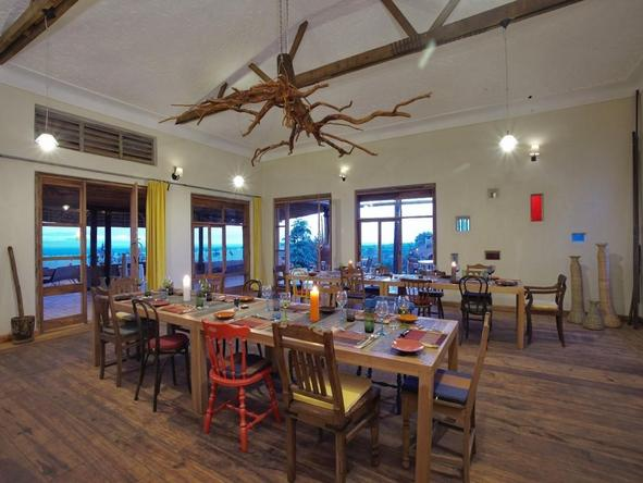 Kyambura Gorge Lodge - Restaurant