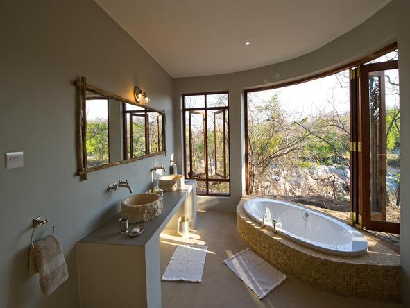 Mkulumadzi - Bathroom