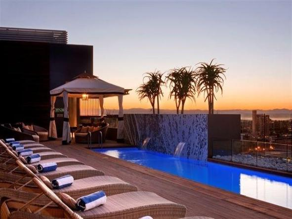 Hilton Windhoek - Pool