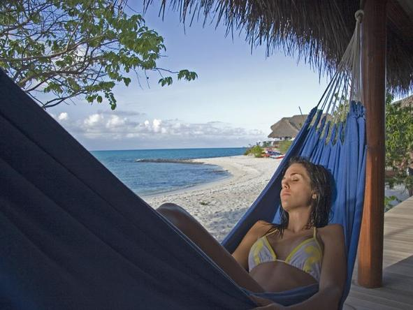 Medjumbe Private Island - lazing in a hammock