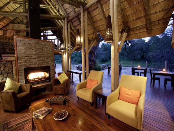 Rhino Post Safari Lodge -Lounge