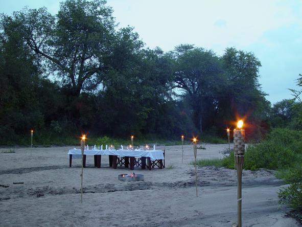 Rhino Post Safari Lodge - Bush Dining