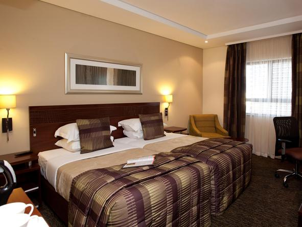 City Lodge O.R. Tambo International Airport - Bedroom 2