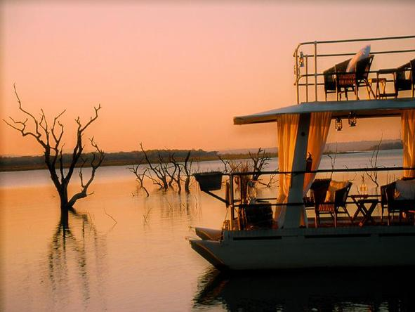 White Elephant Game Lodge - Boat Cruise