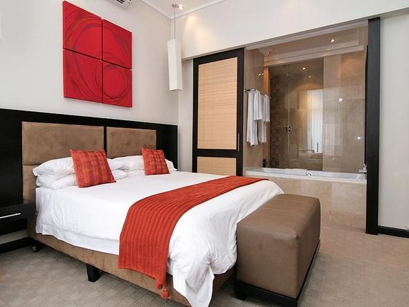Urban Chic Hotel - Bedroom2