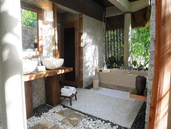 Le Domaine de L'Orangeraie - Bathroom2