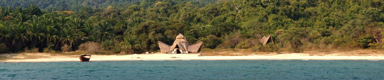 Safari &amp; Beach Holidays - combine your African safari experience with a beach holiday to get the best of both worlds.