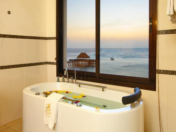 Sea Cilff Resort and Spa Zanzibar - Bathroom