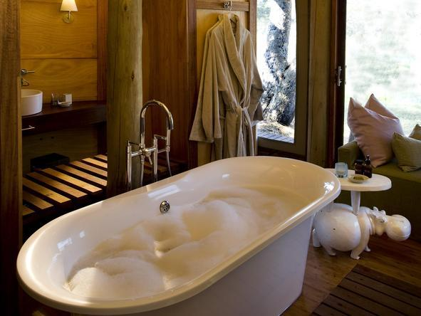Xaranna Tented Camp - Bathroom