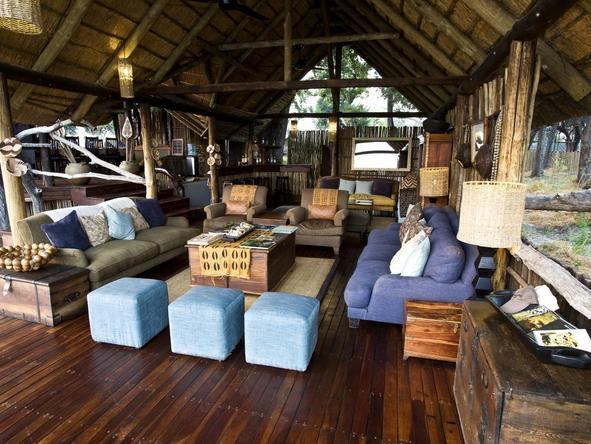 Duba Plains Camp - thatch