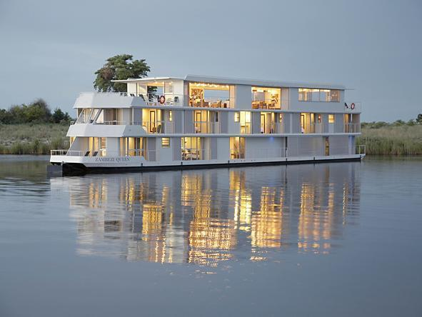 Zambezi Queen - The Ship