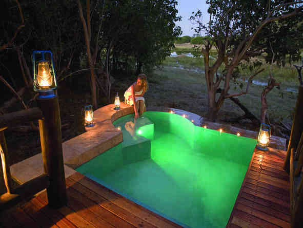 Khwai River Lodge - swimming pool and private deck