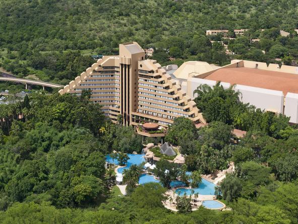 Cascades Hotel - aerial view