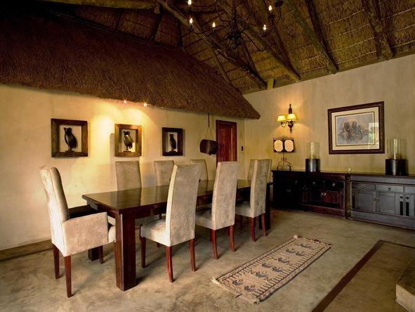 Bukela Lodge - Dining