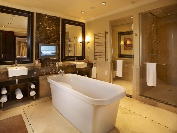 Sun City Hotel - Bathroom2