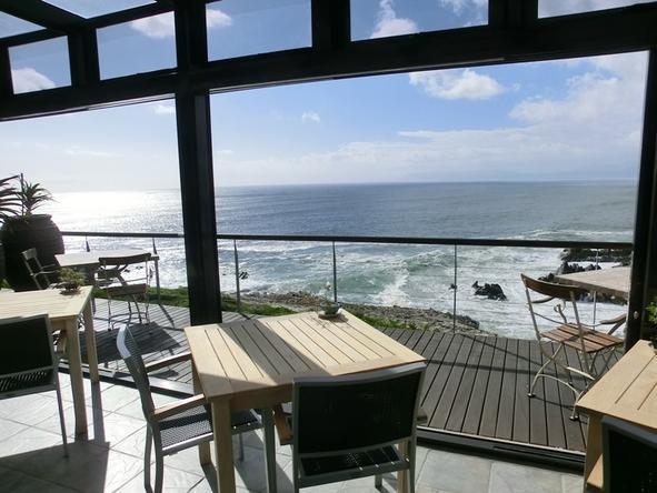 Cliff Lodge - beautiful sea views