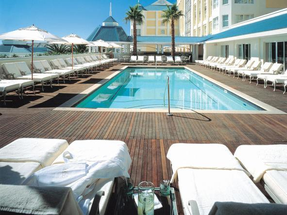Table Bay Hotel - swimming pool