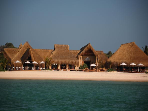 Luxury Benguerra Island Holiday