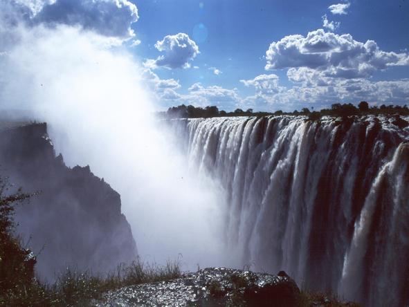 Fabulous Victoria Falls & Kruger Safari