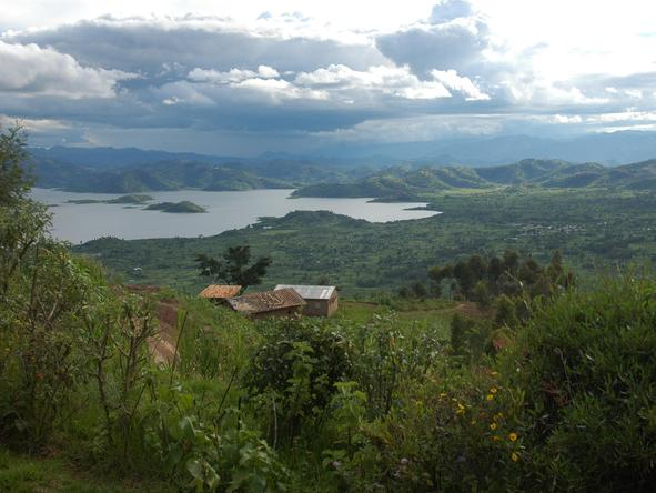 Many of the forest lodges in Rwanda are close to important gorilla trekking areas, as well as enjoying superb scenery.
