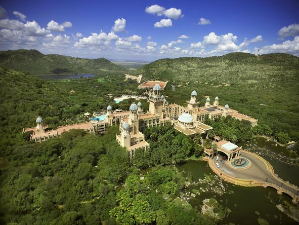 Sun City is popular with adventurous families, who love the Valley of the Waves, large swimming pools, casino and theatre.