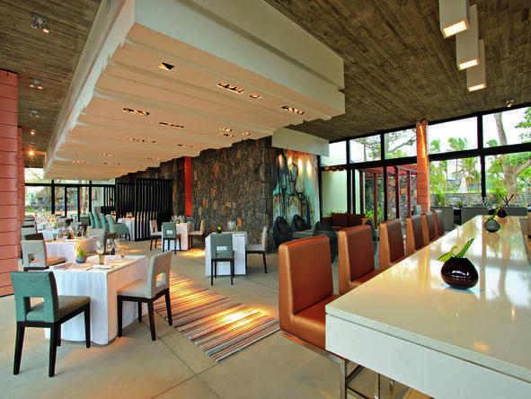 Anahita The Resort - Dining