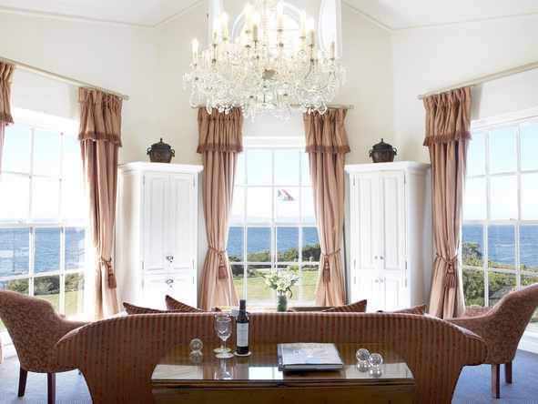 The Marine Hermanus - Lounge 4