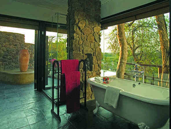 Singita Ebony Lodge - Bathroom