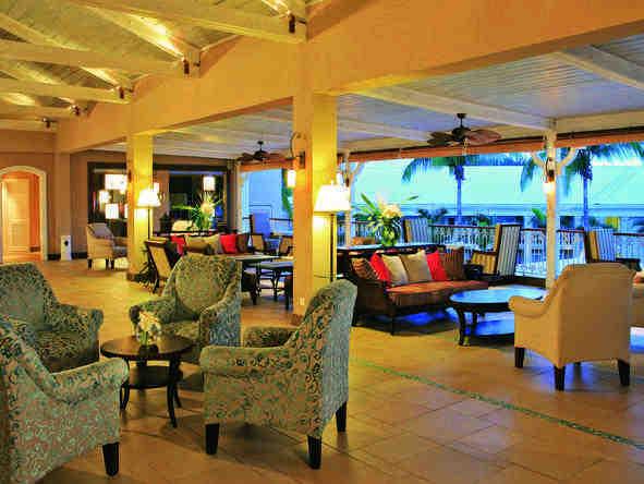 Sugar Beach Resort - spacious lounge