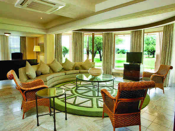 Windhoek Country Club Resort - Lounge